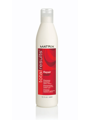 Image of Total Results Repair Shampoo 300ml For hair regeneration Per Donna